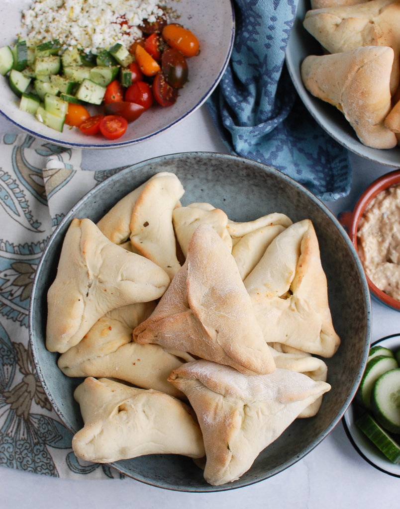 Spinach Fatayer Recipe with tomatoes.