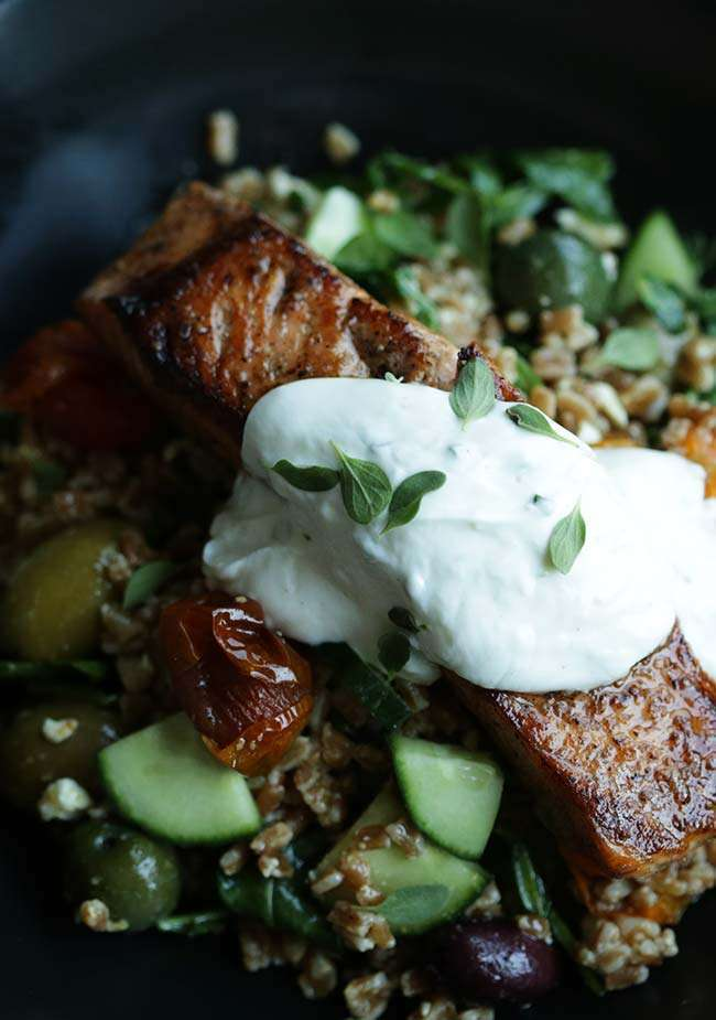 Tomato Farro Salad with Salmon and Lemon Yogurt Sauce