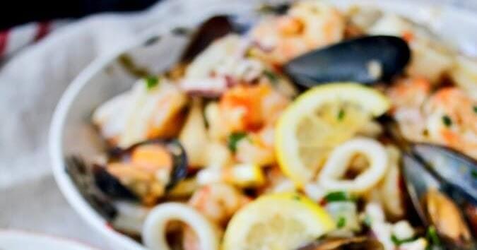 Italian Seafood Salad (Insalata di Mare)