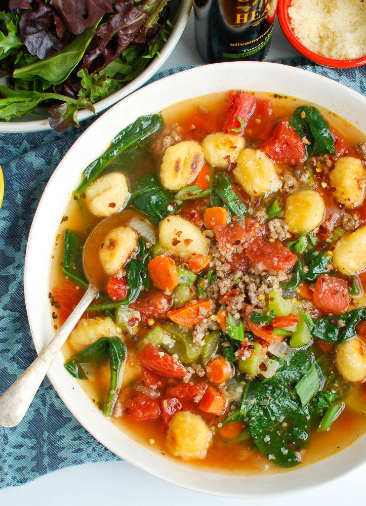 Easy Gnocchi Soup with tomatoes and spinach