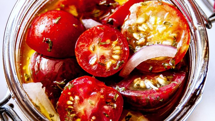 Simple Marinated Tomatoes