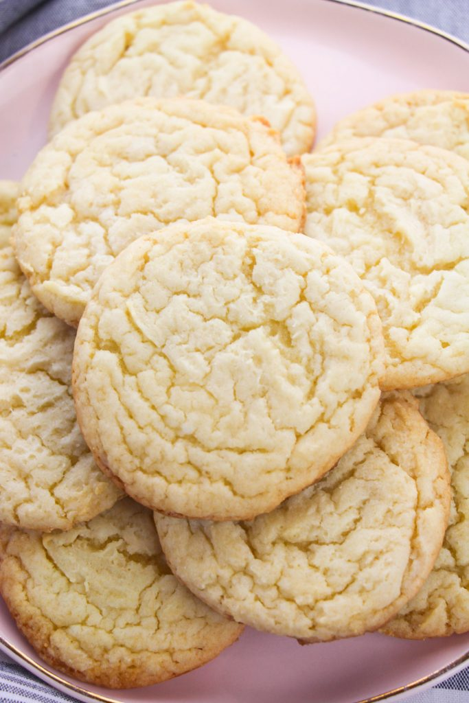 Easy Cake Mix Sugar Cookies on a pink plate